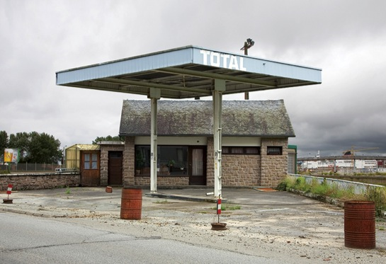 Twentysix Abandoned Gasoline Stations 4