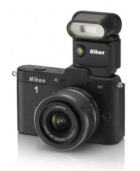 Nikon 1 V1 noir flash 1