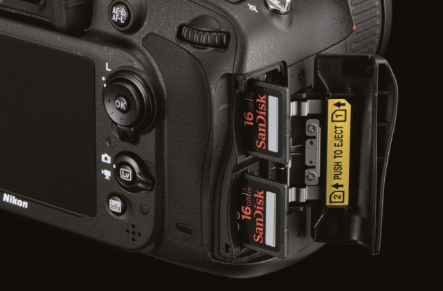 double sd slots D600