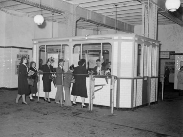 Pas d'automate en 1942 pour acheter ses tickets