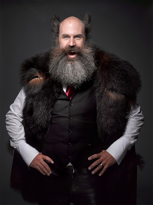 Greg Anderson barbes et moustaches