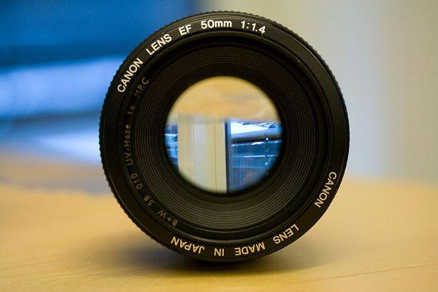 Rumeur : Canon sur le point de remplacer le 50mm f/1.4 par un nouvel objectif 50mm f/1.8 stabilisé ?