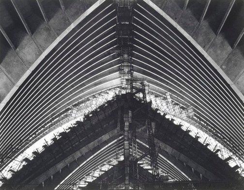 La salle de concert de l'opéra de Sydney en construction, 1968