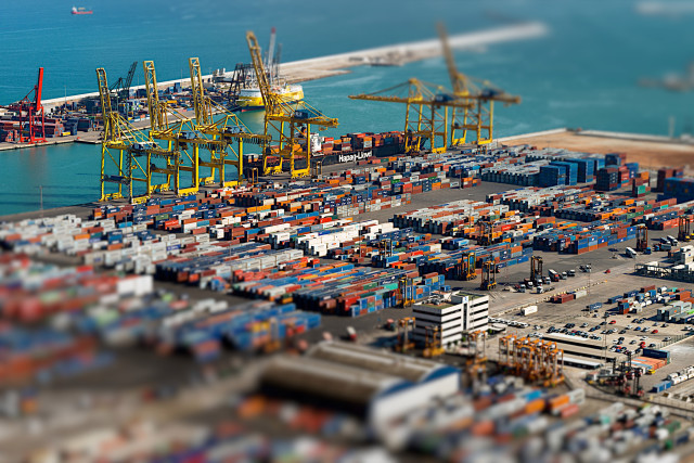 Port-Barcelone-Tilt-Shift