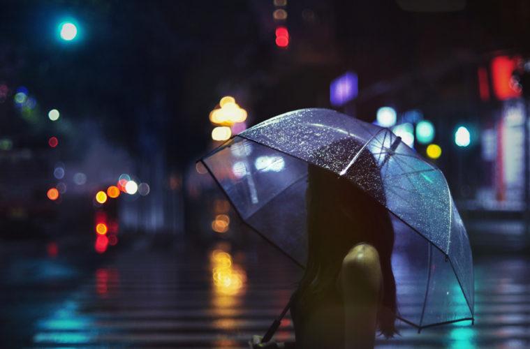 s lection 20 photos urbaines inspirantes prises la nuit sous la pluie. Black Bedroom Furniture Sets. Home Design Ideas
