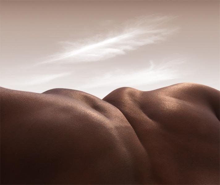 Headless Horizon - © Carl Warner