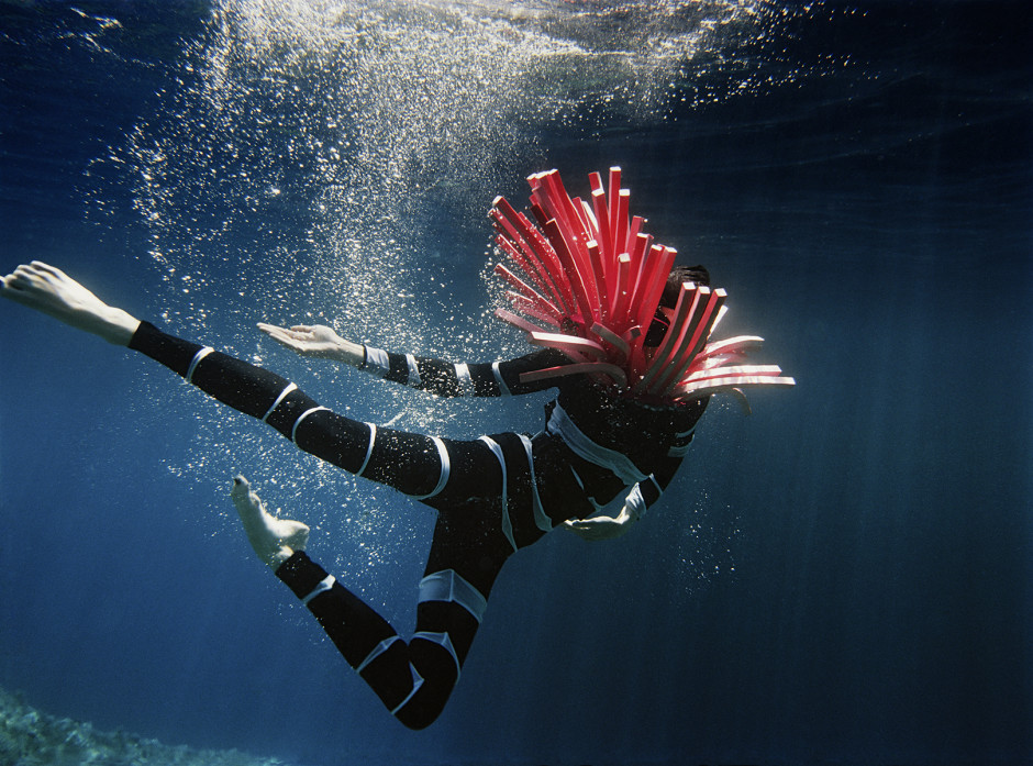 UNDERWATER_Fashion_coral_reef
