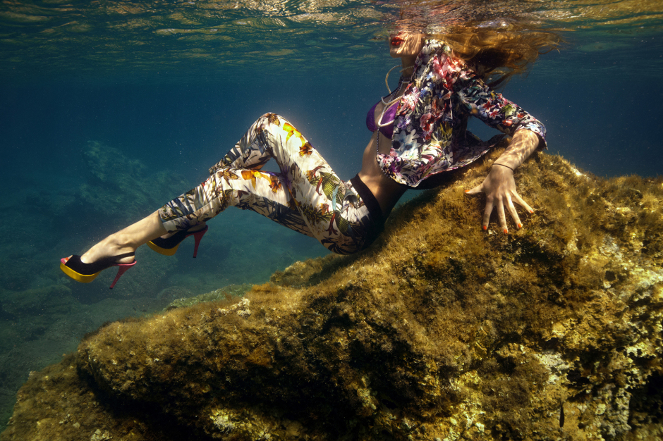 UNDERWATER_Fashion_disco1200