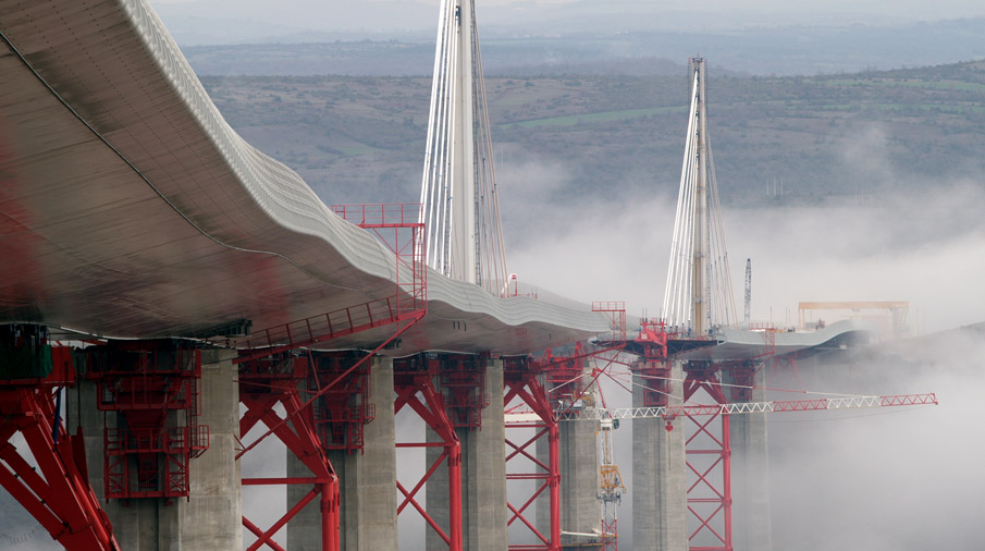 Millau France  City new picture : Daniel Jamme, photographe exclusif du Viaduc de Millau