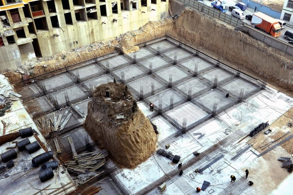 © AFP/Getty Images - un chantier en cours autour d'une tombe