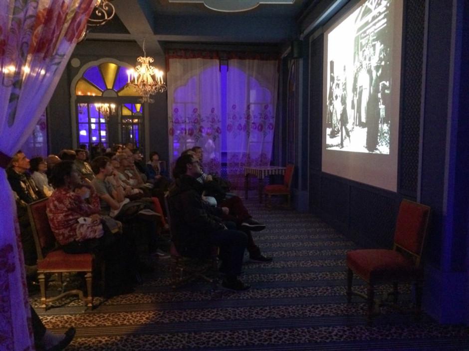 Première séance publique payante au Salon Indien du Grand Café le 28 décembre 1895
