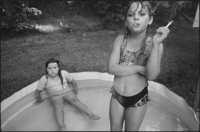 Amanda et sa cousine Amy, Valdese, North Carolina, USA, 1990 - © Mary Ellen Mark