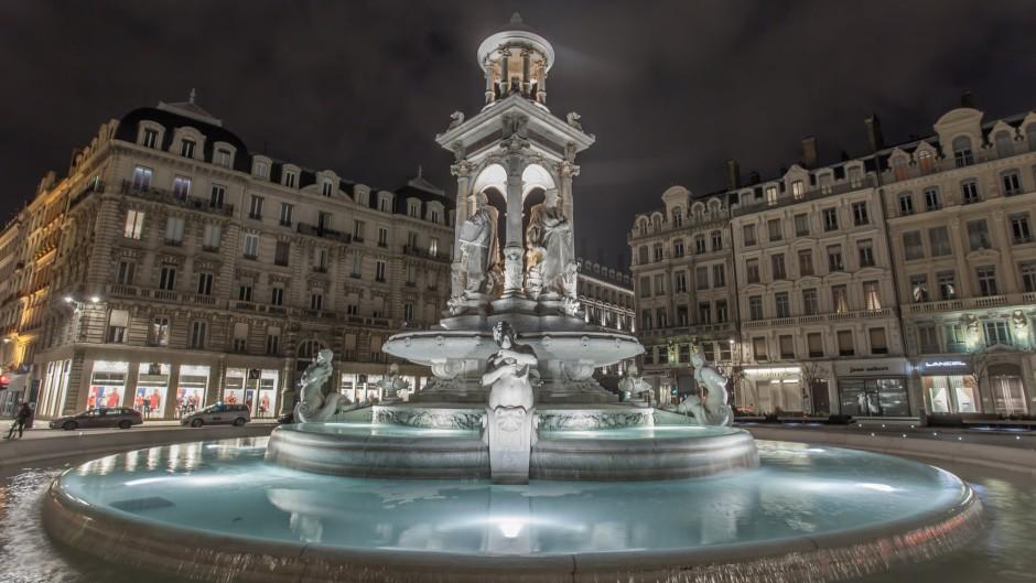 House-of-Lyon_1