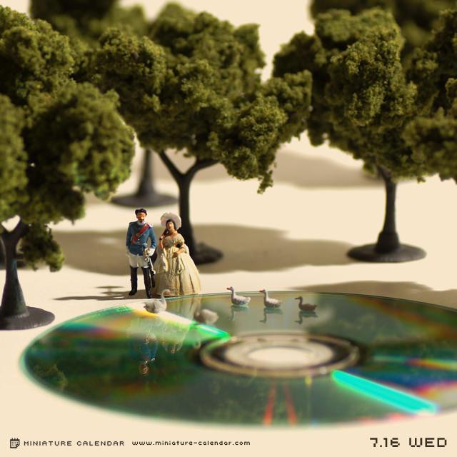 Miniature-Calendar_10