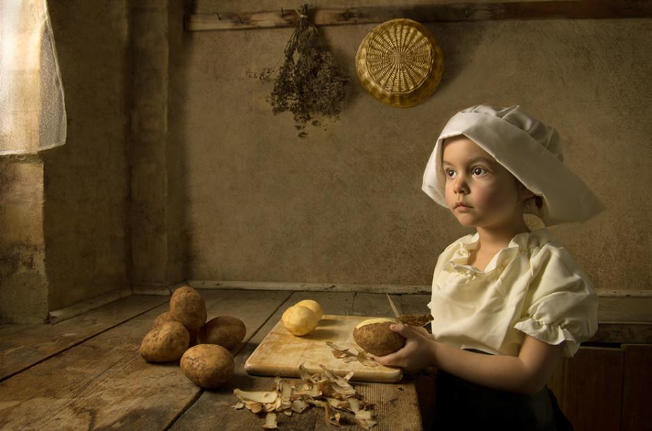 """""""Potatoes"""" par Bill Gekas, Athena, sa fille de 8 ans, sert de modèle pour cette composition inspirée des peintures flamandes"""