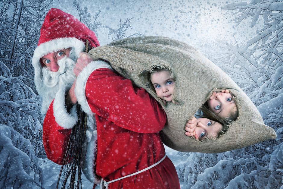 """""""Happy St. Nicholas' Day"""", image réalisée pour les fêtes de 2015 avec l'aide des filles de John : Lou, Mila, et Yuna !"""