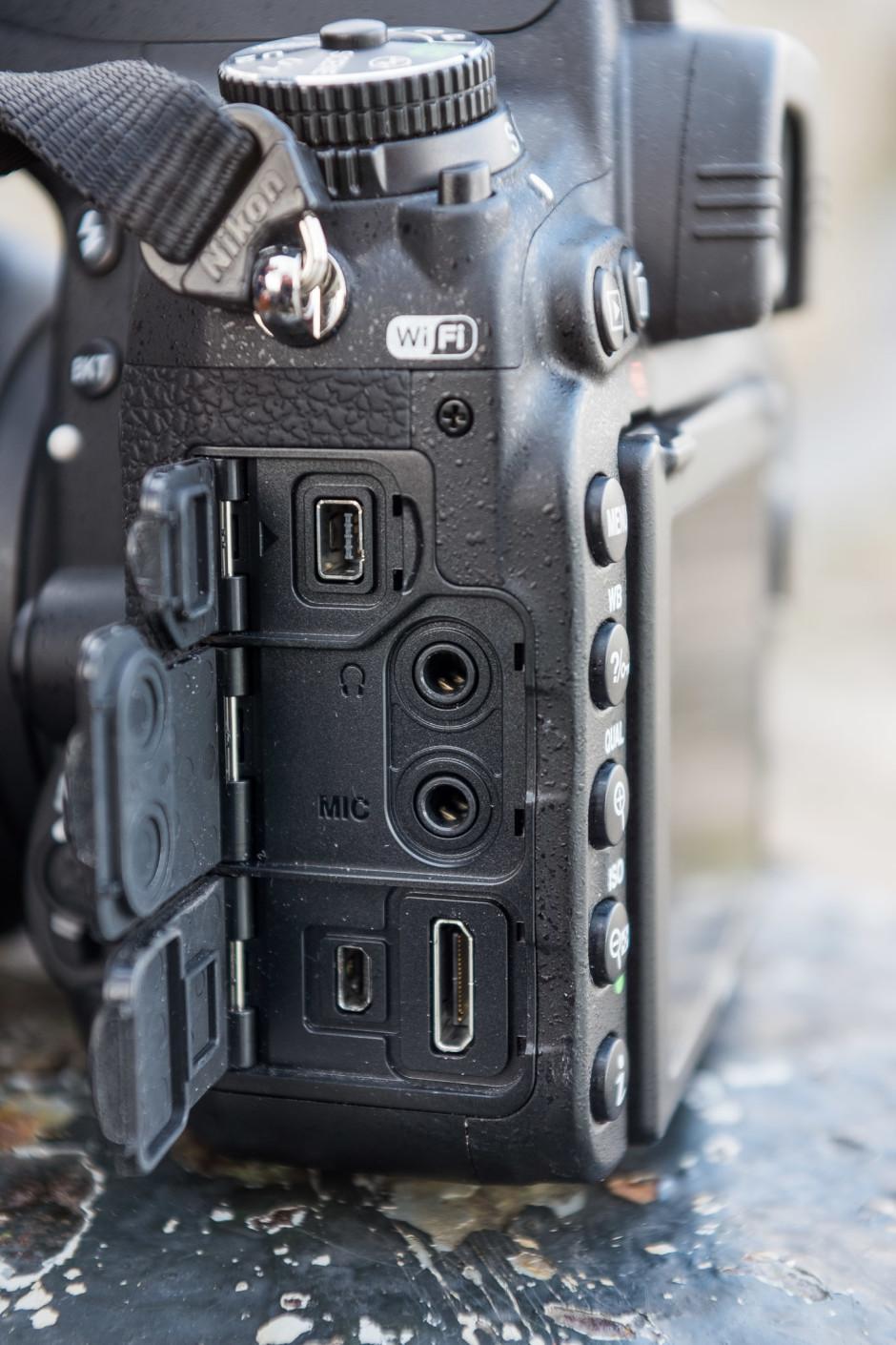 Nikon D750 prises
