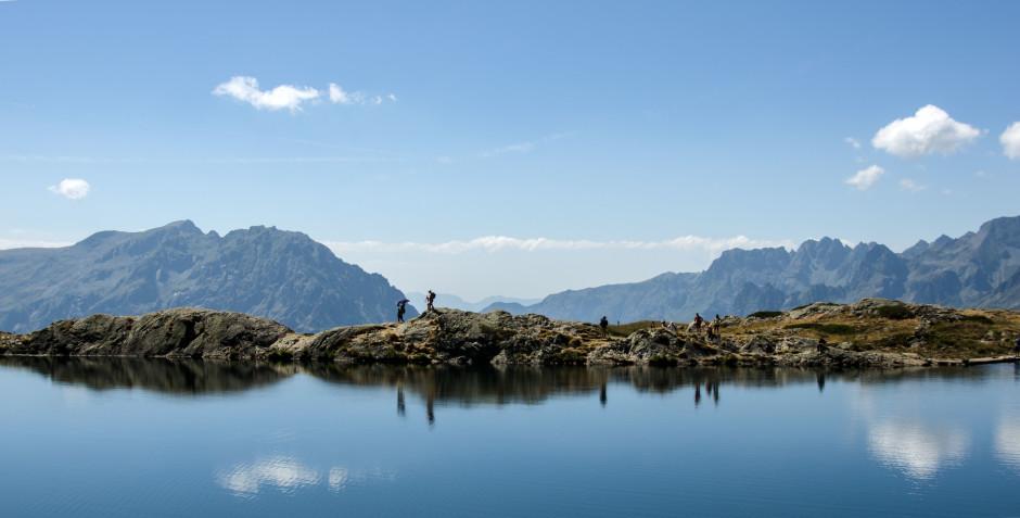 © Dominique Sallaberry - Lac Besson, au-dessus de l'Alpe d'Huez