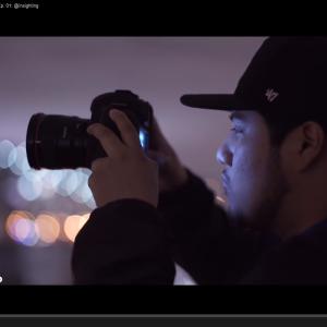 Capture d'écran du premier épisode de la série Through The Lens, Adorama, dans les coulisses avec le photographe Giovanni Elao
