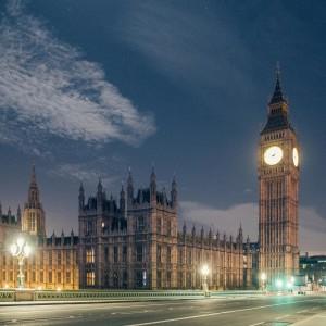 Desert in London / Big Ben Westminster - © Genaro-Bardy