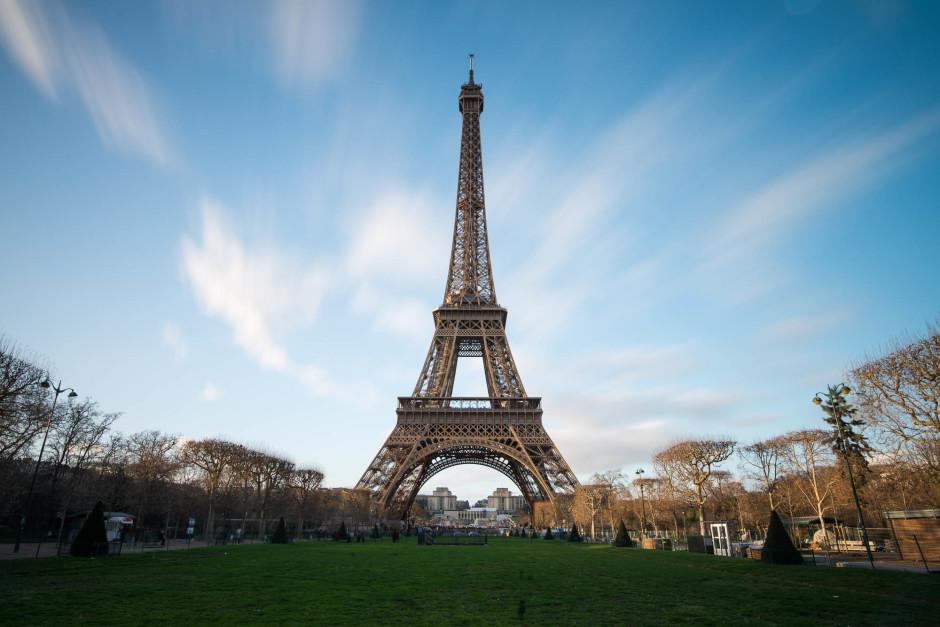 Tour Eiffel - filtre Nisi AR ND 1000 - 21mm, 30s, f/11, ISO 100 - © Damien Roué