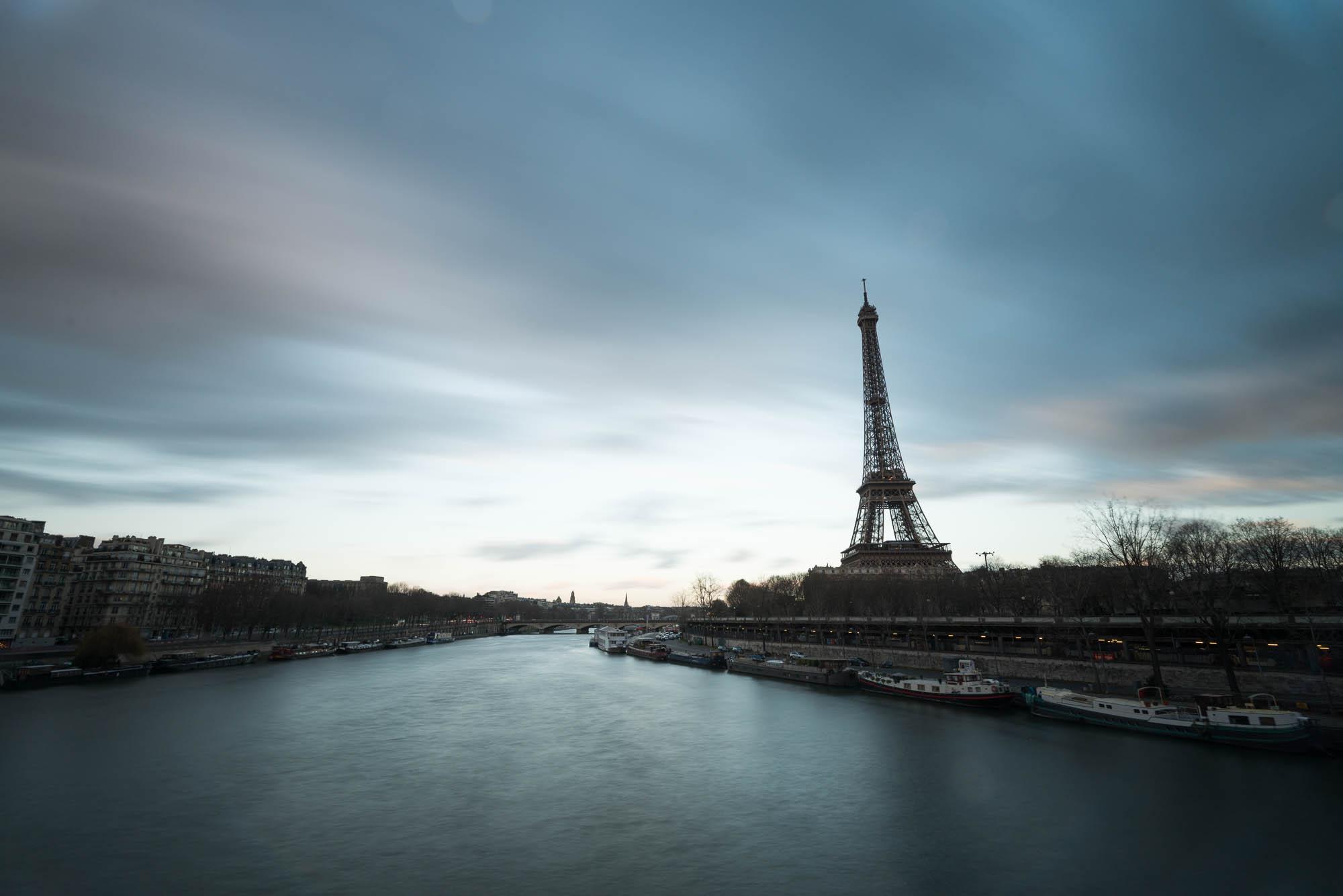 La Seine et la Tour Eiffel - filtre Nisi AR ND 1000 - 16mm, 30s, f/10, ISO 200 - © Damien Roué