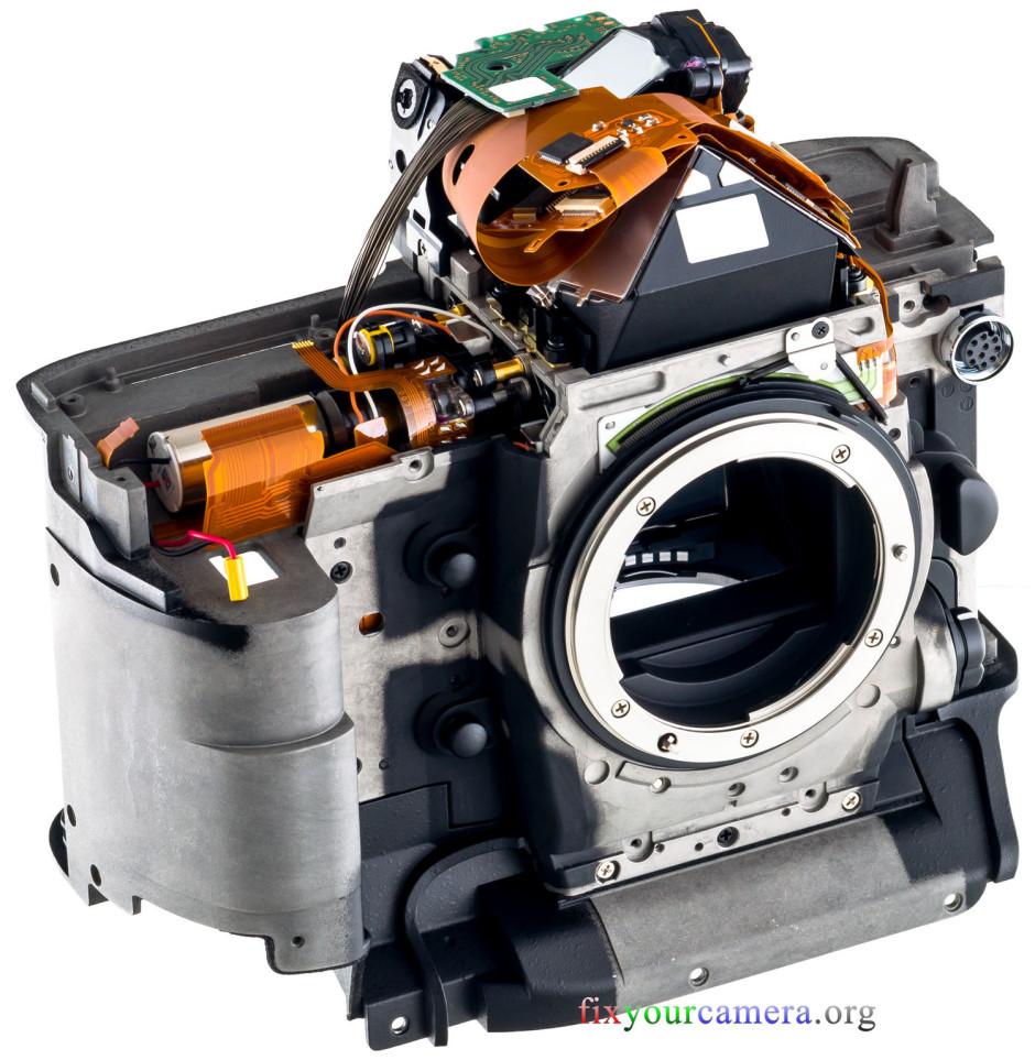 Le boîtier démonté du Nikon D4