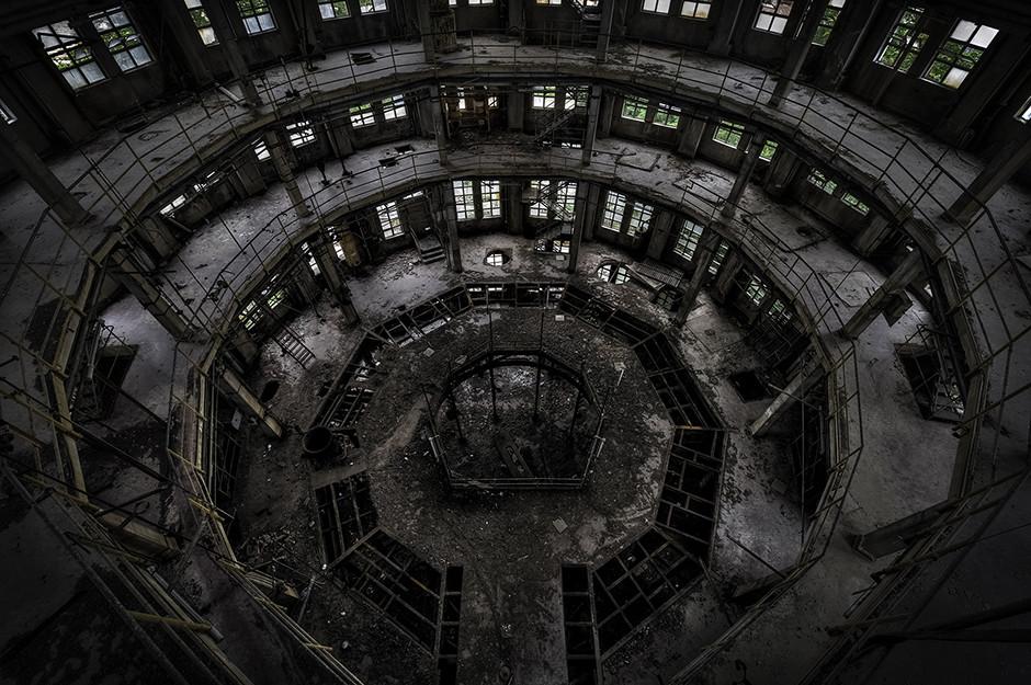 Site pétrochimique abandonné, Italie 2014 - © Francis Meslet