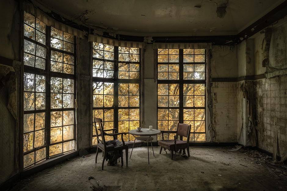 Hôtel de montagne abandonné, Japon 2014 - © Francis Meslet
