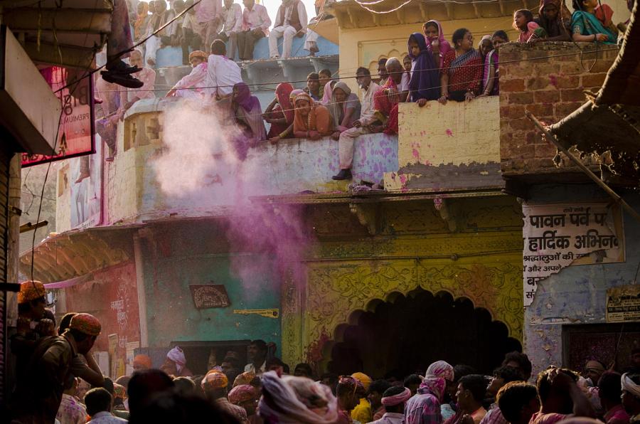 © Mahesh Sharma