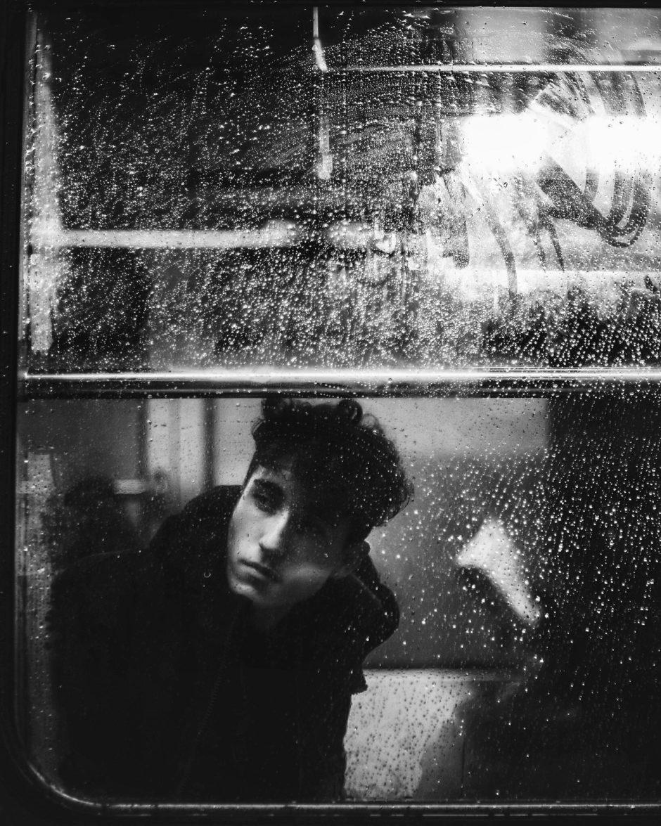 Steven, un ami, dans le métro Lausannois
