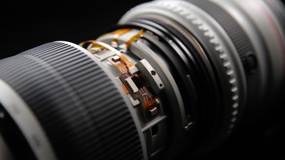 Canon-EF-200-400mm-f4L-IS-4