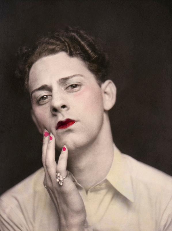 """© Homme travesti, États-Unis, vers 1930 - Série """"Mauvais Genre"""" de Sébastien Lifschitz - Catégorie """"Singulier !"""""""