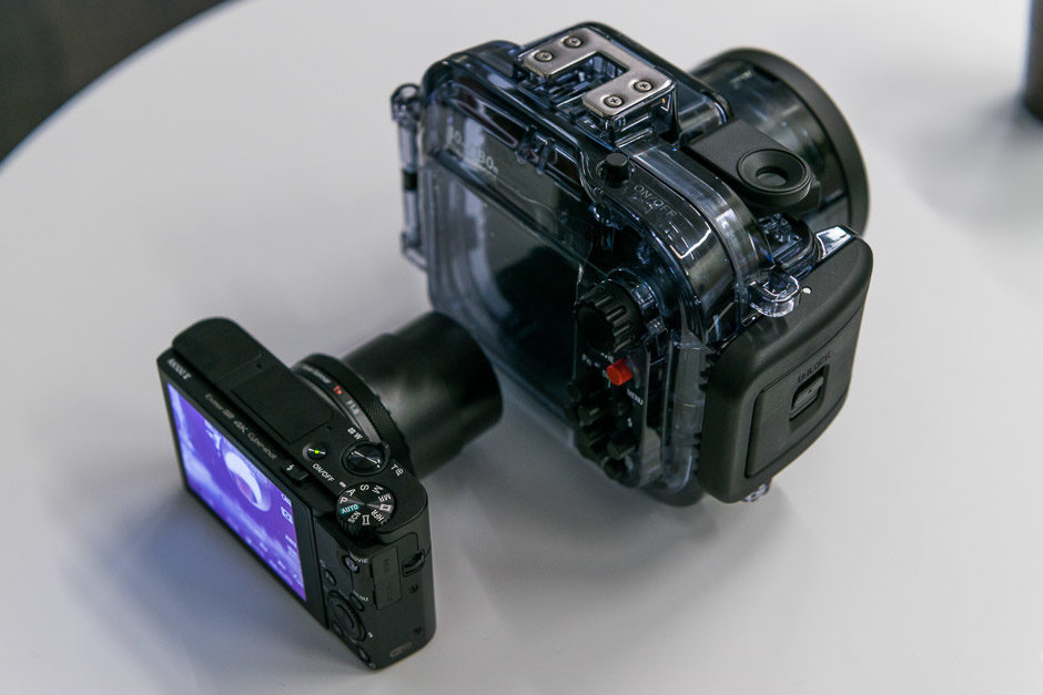 Sony-RX100V-12