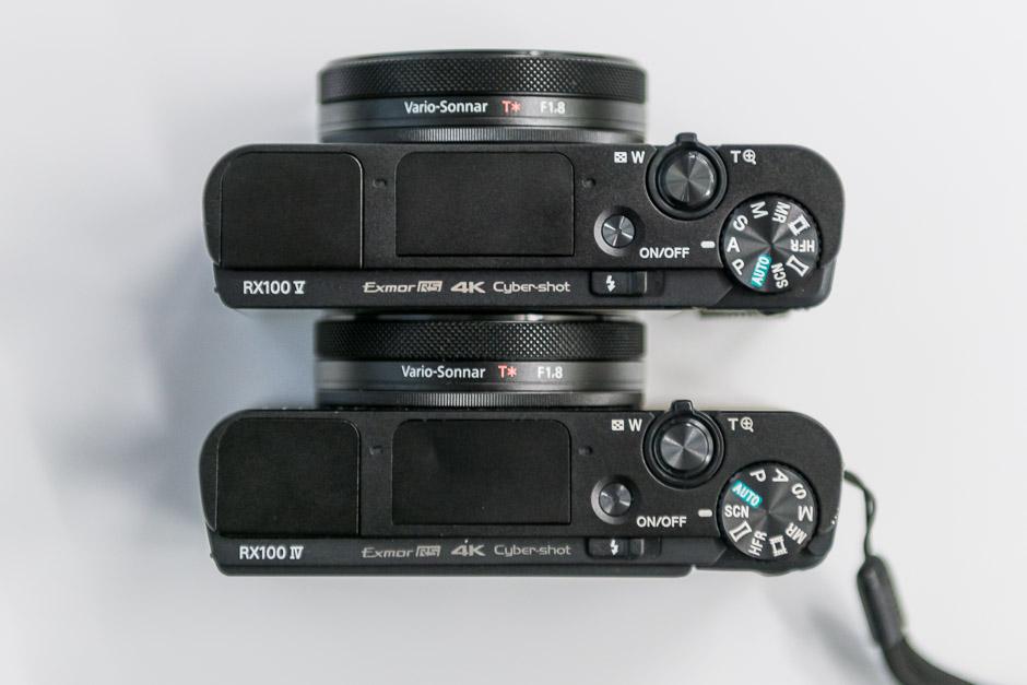 Comparaison Sony RX100 Mark V et Mark IV de dessus