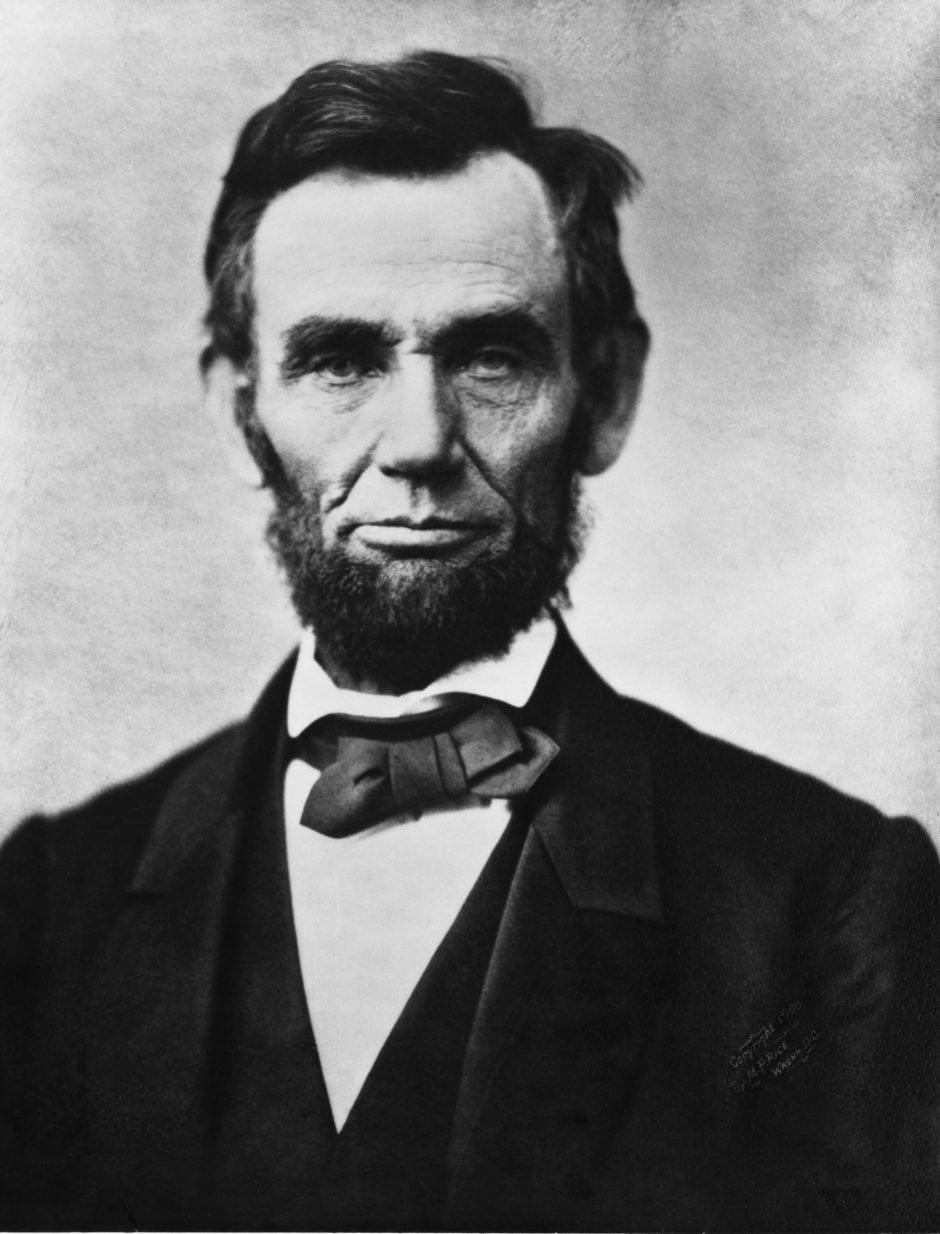 "© Alexander Gardner - Image available from the United States Library of Congress's Prints and Photographs division - ""Abraham Lincoln, 16ème président des Etats-Unis (8 novembre 1863)"