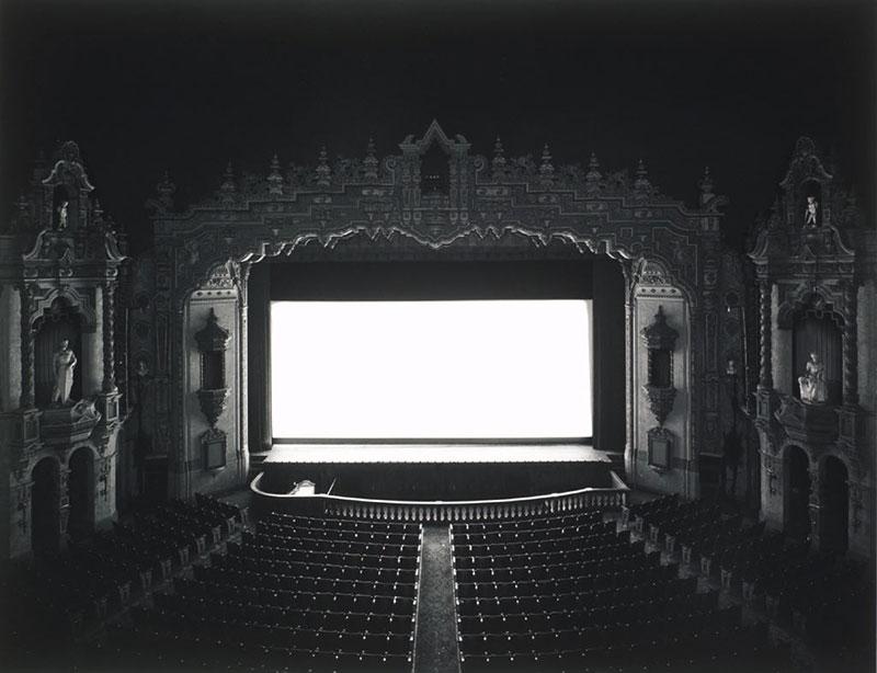 hiroshi-sugimoto-theaters-02