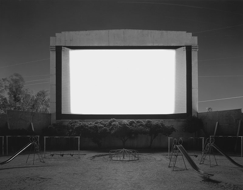 hiroshi-sugimoto-theaters-05