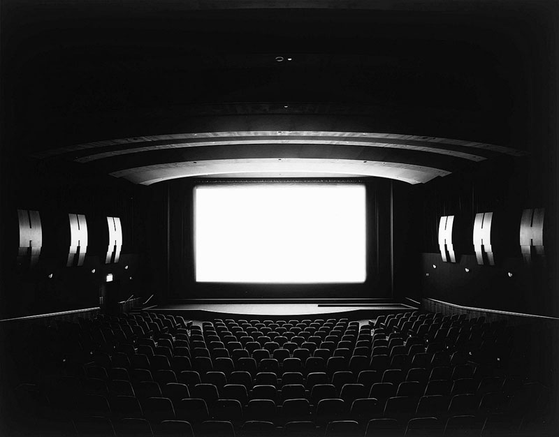 hiroshi-sugimoto-theaters-07