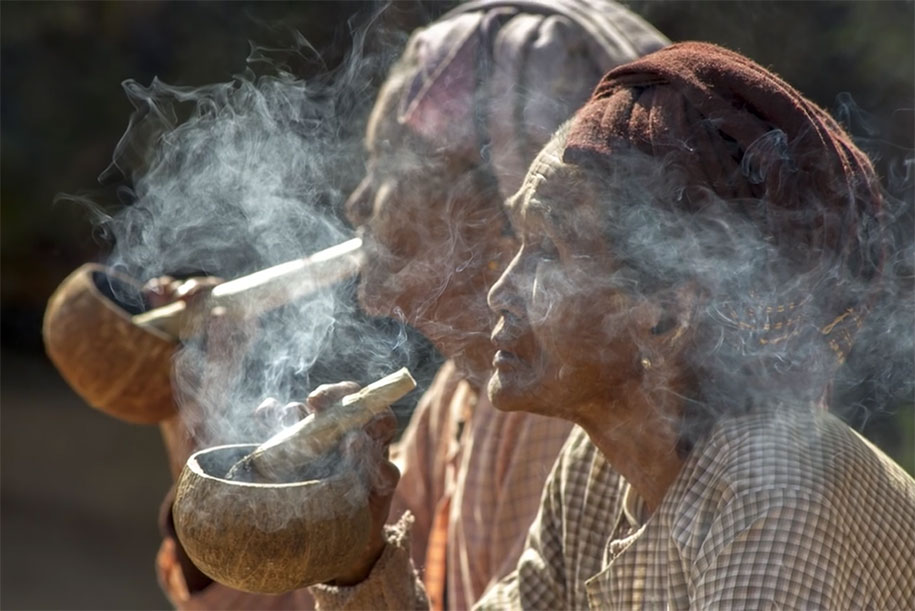 © Bob Holmes Photography - Two smoking women in Myanmar