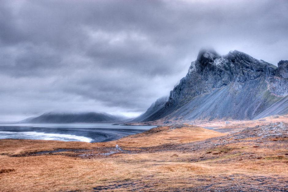 © Christophe Lehénaff - Islande. Région est. Côte et pointe de Hvalnes.