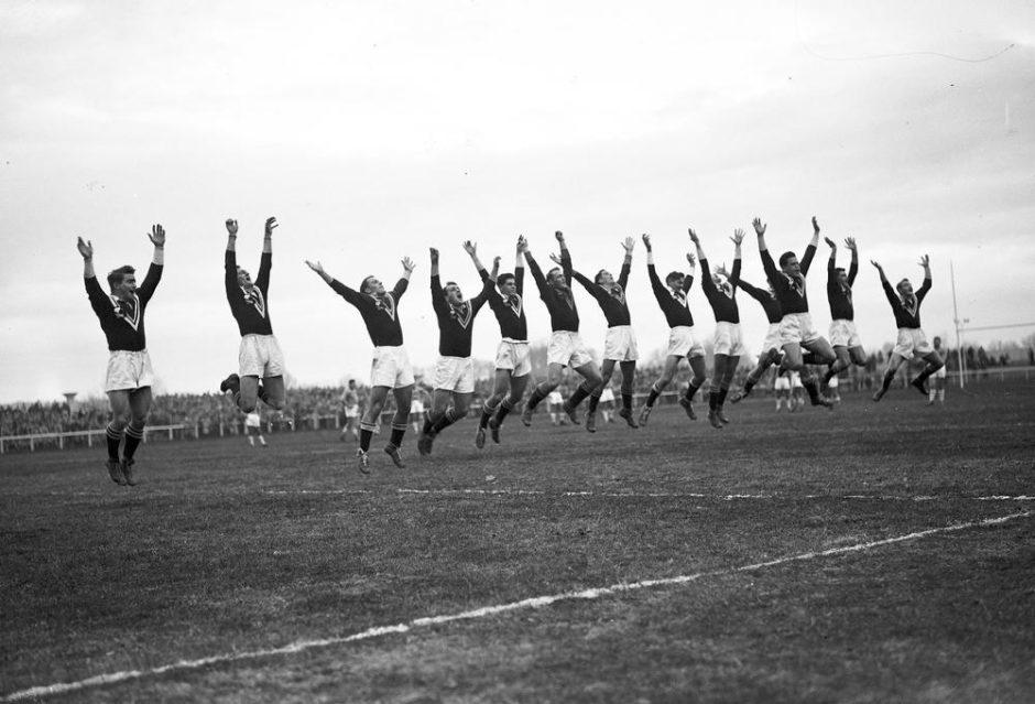 25 décembre 1951 France - Kiwis (équipe de Nouvelle-Zélande), match de rugby à Treize XIII à Pau
