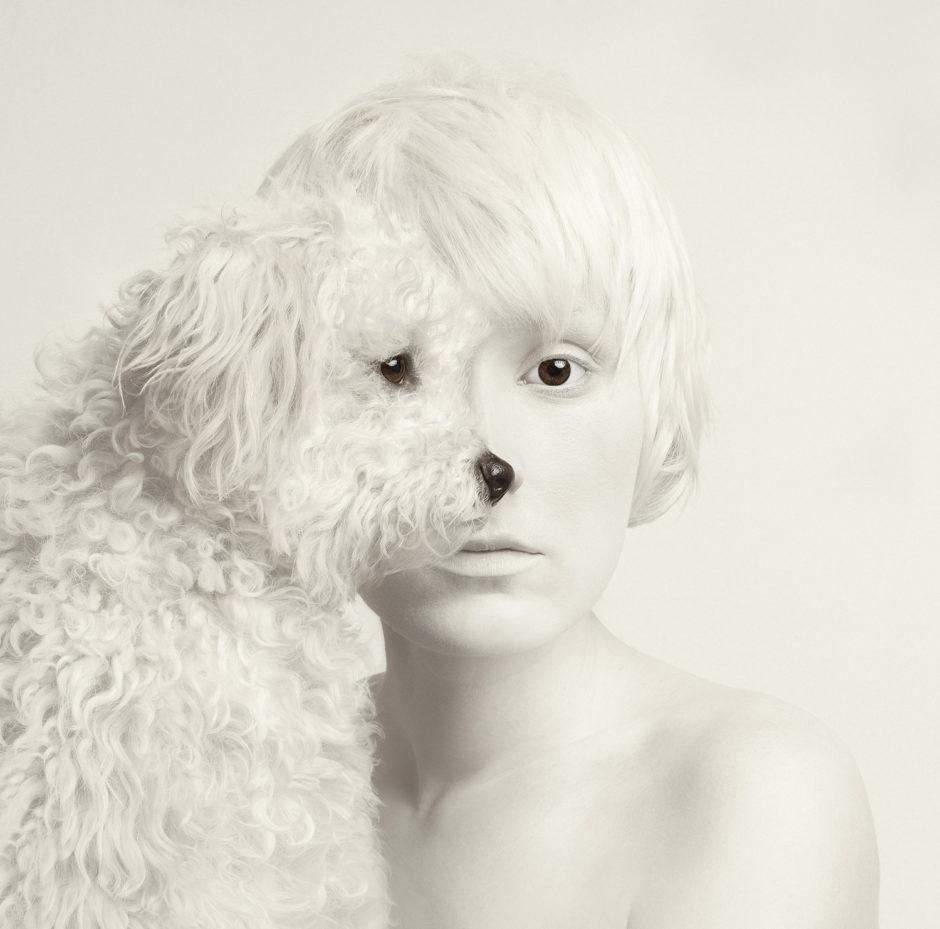 © Flora Borsi - En partenariat avec Profoto