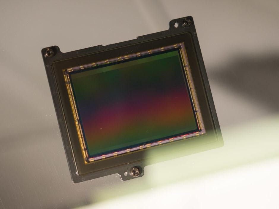 Capteur rétroéclairé CMOS BSI Exmor RS plein format de 24,2 Mpx du Sony A9