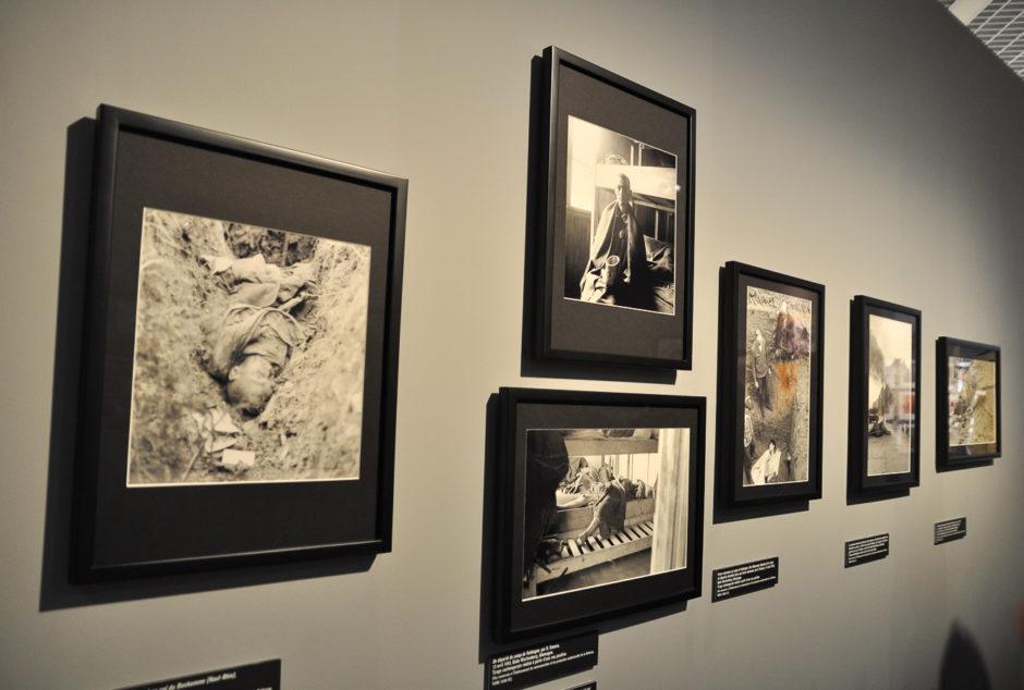 """© Germaine Kanova - Exposition """"Photographes de guerre - Depuis 160 ans, que cherchent-ils ?"""" - Mémorial de Verdun"""
