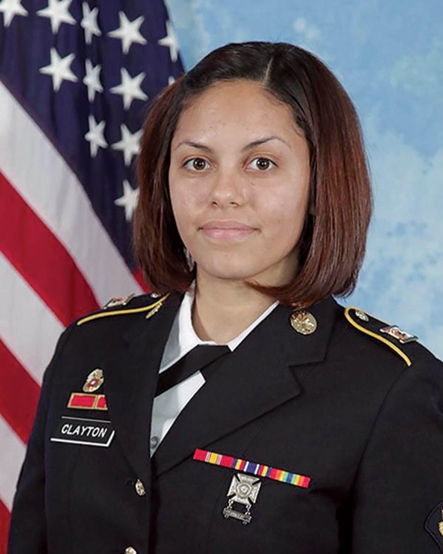 © U.S Army - Hilda I. Clayton est la première soldate spécialiste en documentation et production visuelle de combat à être tuée en Afghanistan