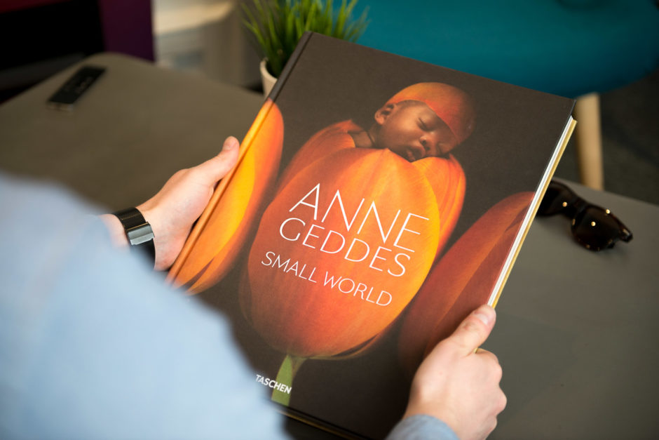 Phototrend-Anne-Geddes-livre-Small-World_13