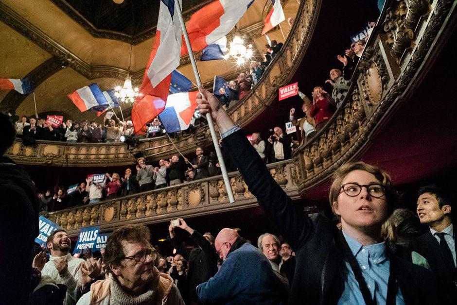 Paris, France - 20 Janvier 2017. Meeting du candidat à la PRIMAIRE DE GAUCHE au Trianon. Manuel Valls, l'ancien premier ministre a été perturbé lors de son discours par des opposants.
