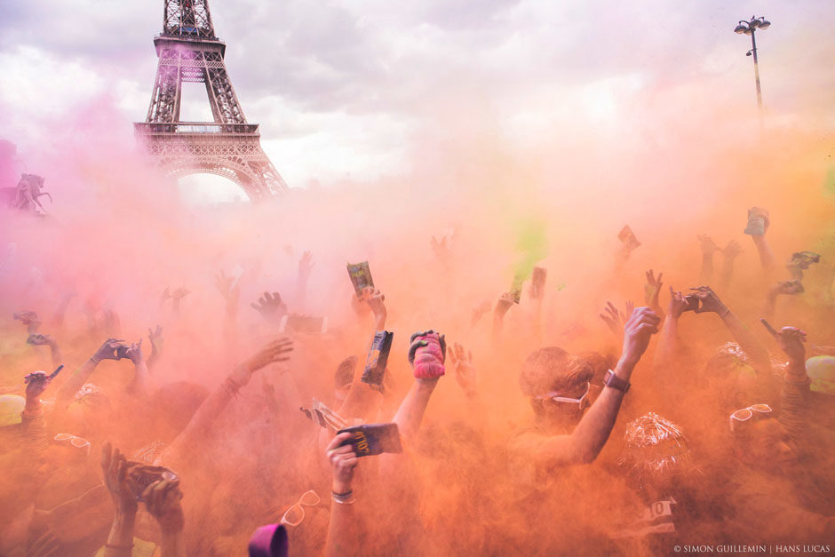Session Color Run Paris 2016 de l'Hotel de Ville au Trocadero. Paris, 17 avril 2016.