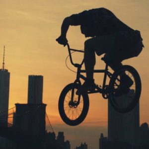 Streets by Tim Sessler et Freefly
